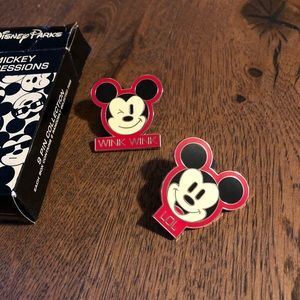 Mickey Emoji Pins